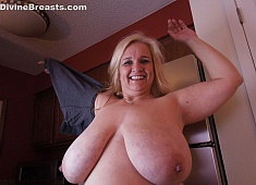 Cami Naughty Milf with Big Tits