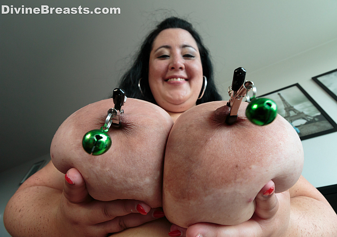 Amanzia Big Boobs Nipple Clamps