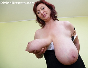 Big wet tits hentai