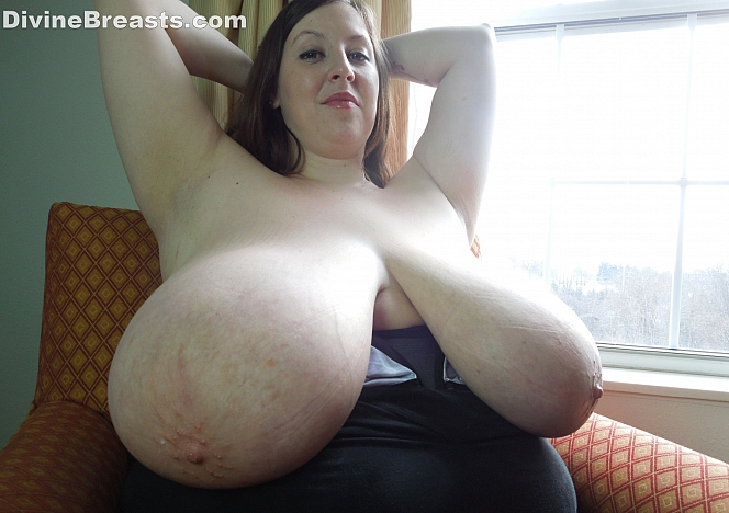 Suck my big tits com