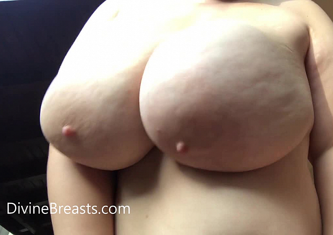 Mia Out of Control Bouncing Tits