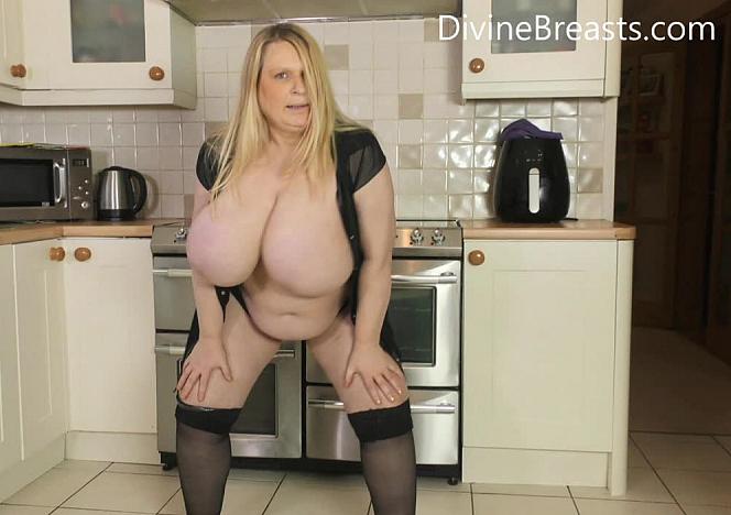 Samantha Sanders Kitchen Tits and Ass