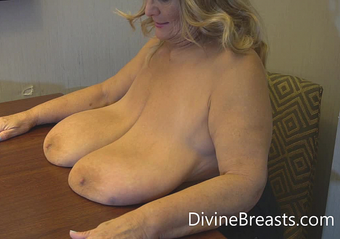 Sarah Giant Tits on the Table