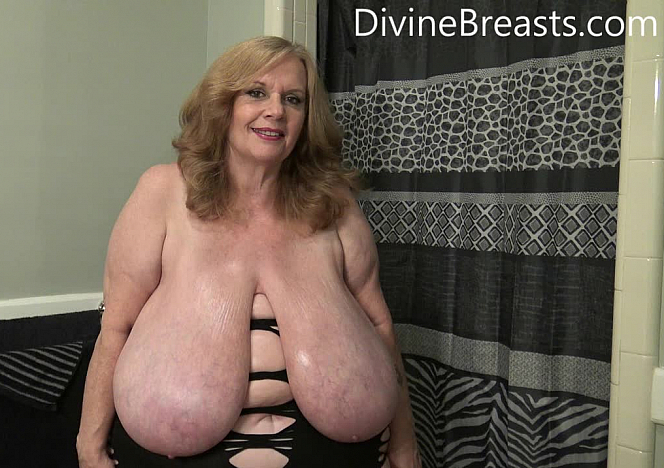 Suzie 44K Super Sized Big Boobs