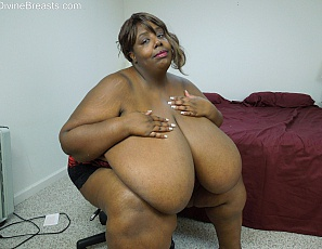 bigboob mature aunty