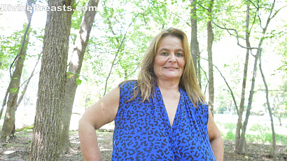Sarah Huge Breasts at the Park