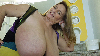 Sarah Magical Big Tits BBW