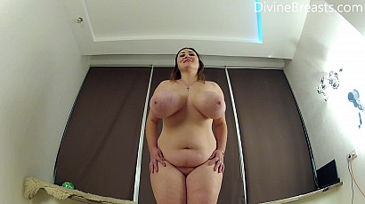 Ivanna Curvy Striptease and Dance
