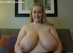 Reyna Soft Heavy Big Breasts
