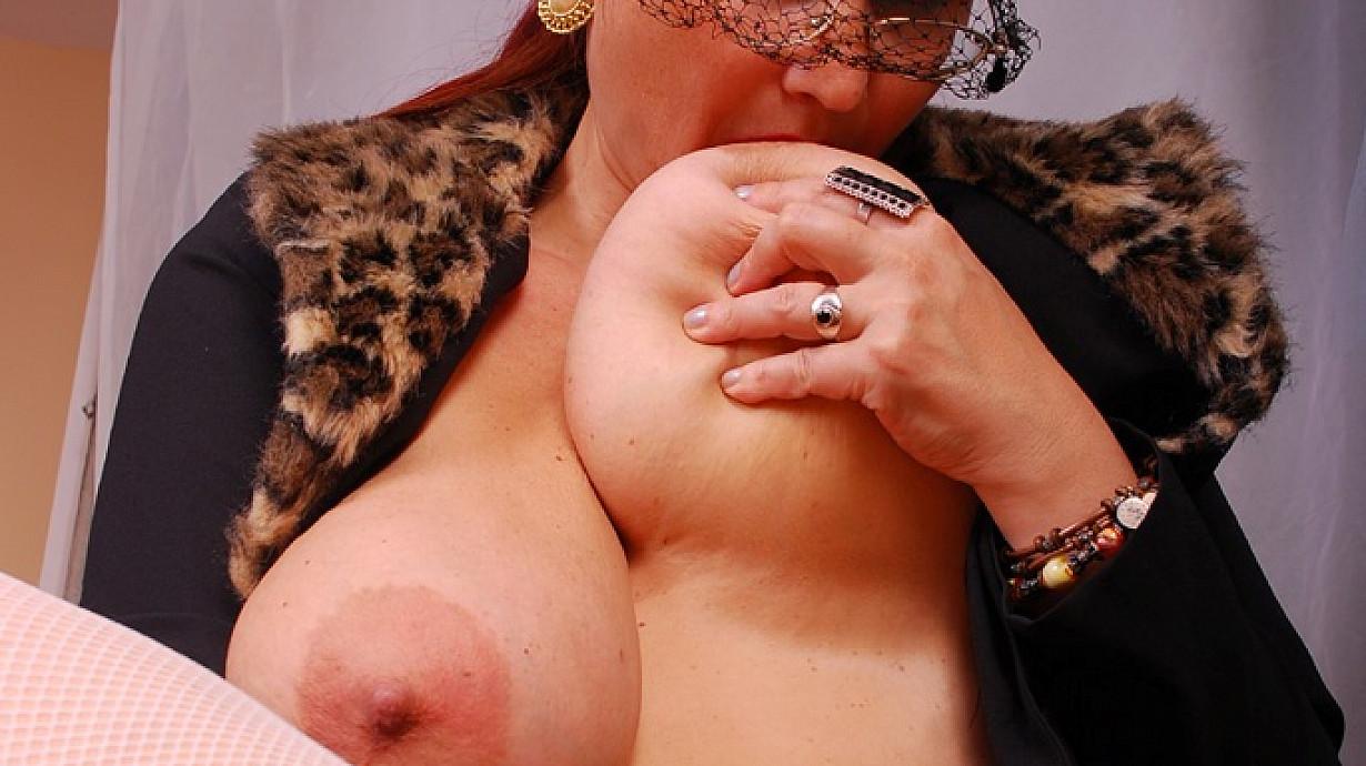 Vintage Mature Big Tits