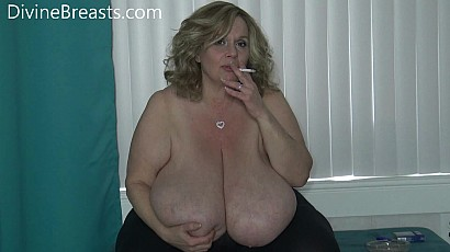 Suzie Mothers Day Milf with Macromastia Breasts
