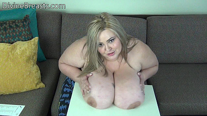 Mandy Majestic Table Top Big Boobs