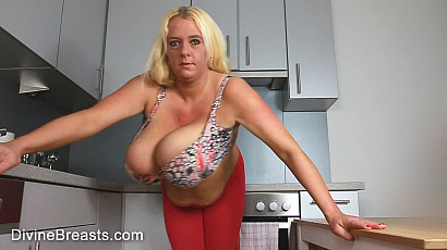 Emilia Boshe Bouncing Big Boobs