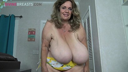 Suzie Super Sized Swingers