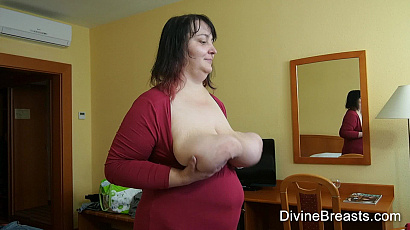 Charlotte Heavy Long Breasts BBW
