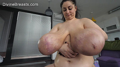 Alice 85JJ Floppy Breasts at Biggest