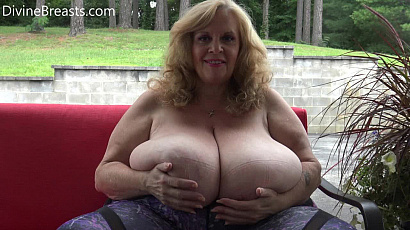 Suzie 44K Pounds of Tit Flesh Juggling