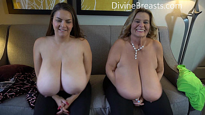 Alaura Grey and Sarah Big Tits Players