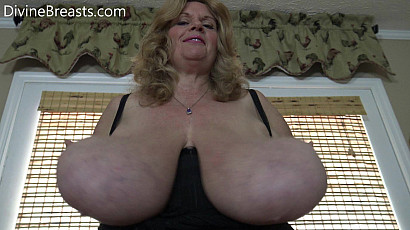 Suzie Juggling Giant Tits in Your Face