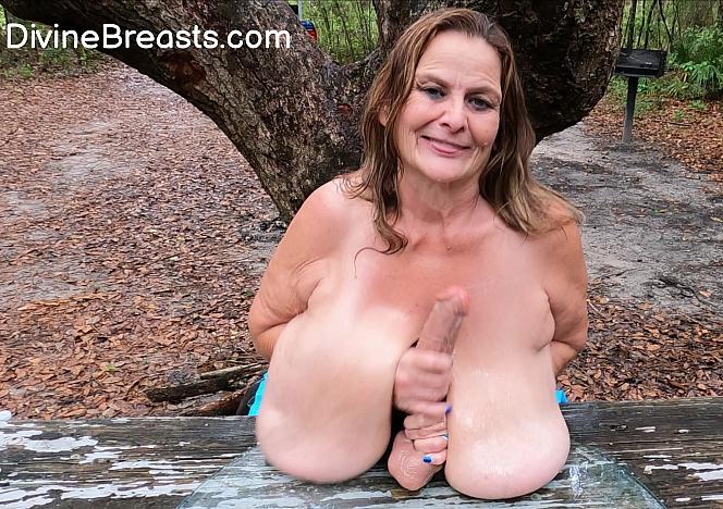 Sarah Huge Tits Cum Countdown